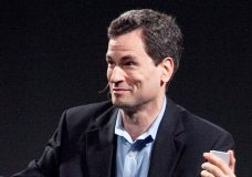 David Pogue, Tech Reviewer at Yahoo! Finance